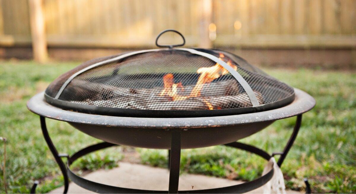 best fire pit screen