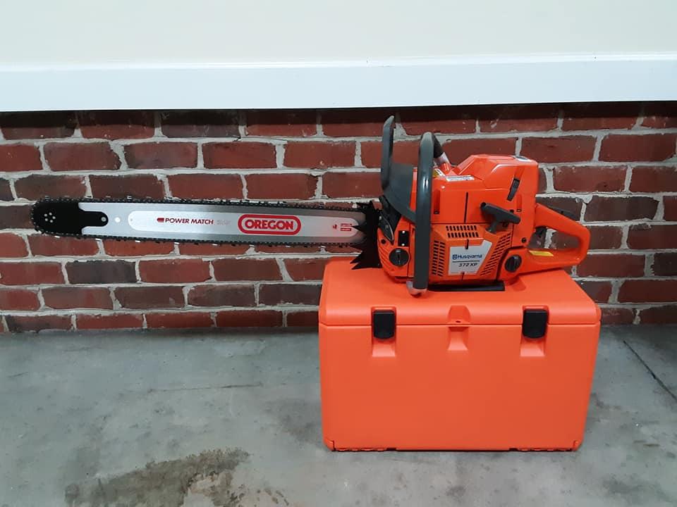 husqvarna 372 xp chainsaw